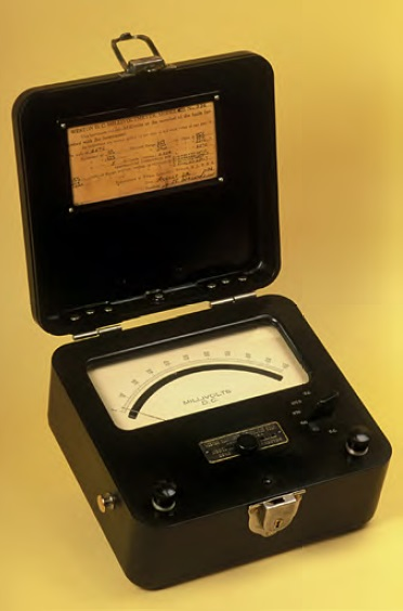 Weston DC Millivoltmeter Model 622.