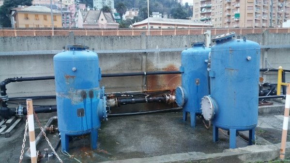 Leaking Seawater Tanks Repaired With New, Fast-Curing Material